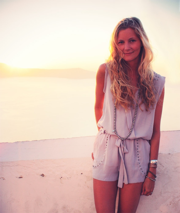 Blogger Passion For Fashion in grey jumpsuit