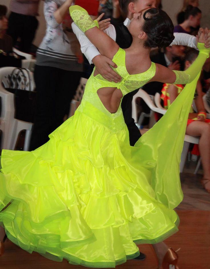 Бальные платья для бальных танцев картинки