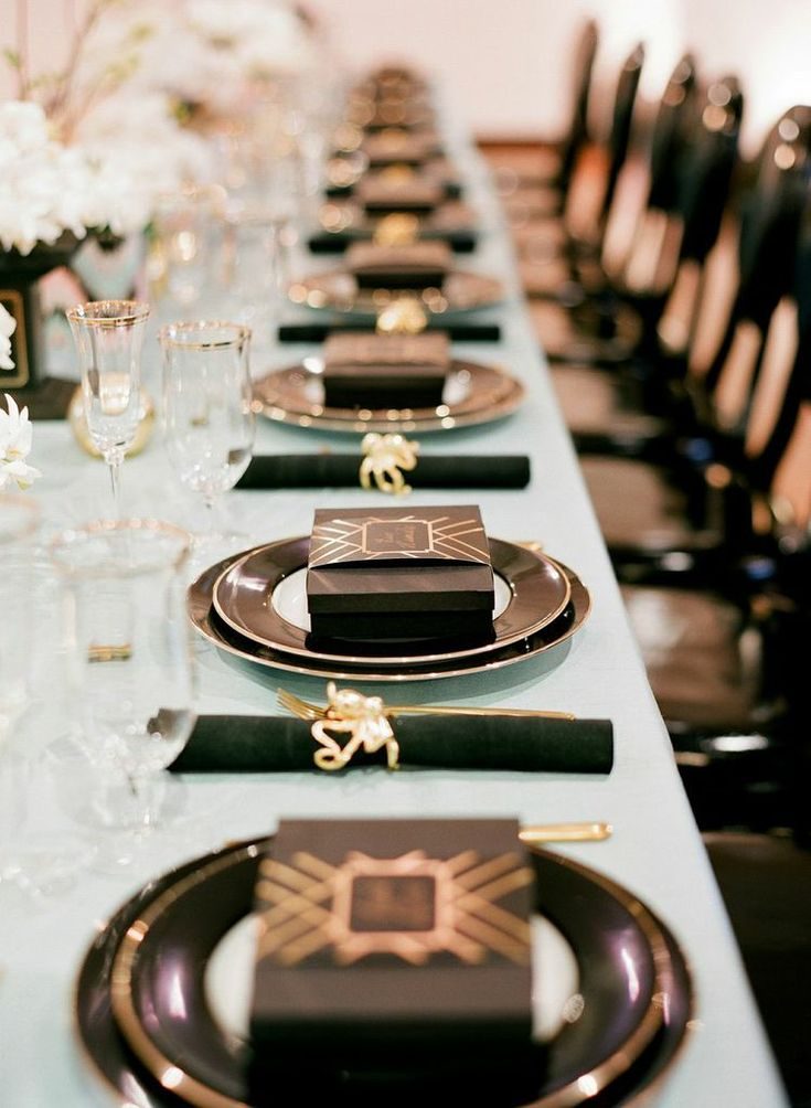 """""""gatsby inspired place settings and favors"""" -For people who TOTALLY MISSED THE ENTIRE POINT OF THE BOOK. :/"""