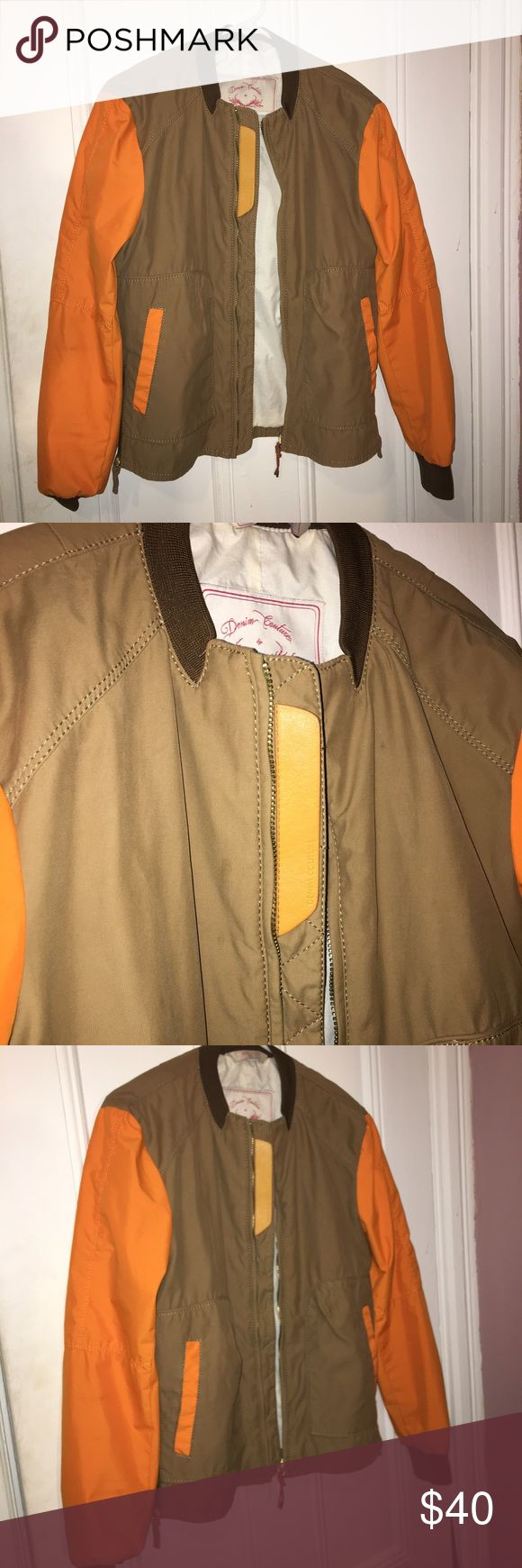 Zara bomber ✨🤑 Zara men's bomber in size M I'm a women's medium and this fit perfectly so it would fit a women's s-m so chic with leather detailing. Was pretty pricey! Ready to ship next business day 👍 tags : Kanye , yeezy , Kylie Jenner , Kim K . Zara Jackets & Coats Utility Jackets