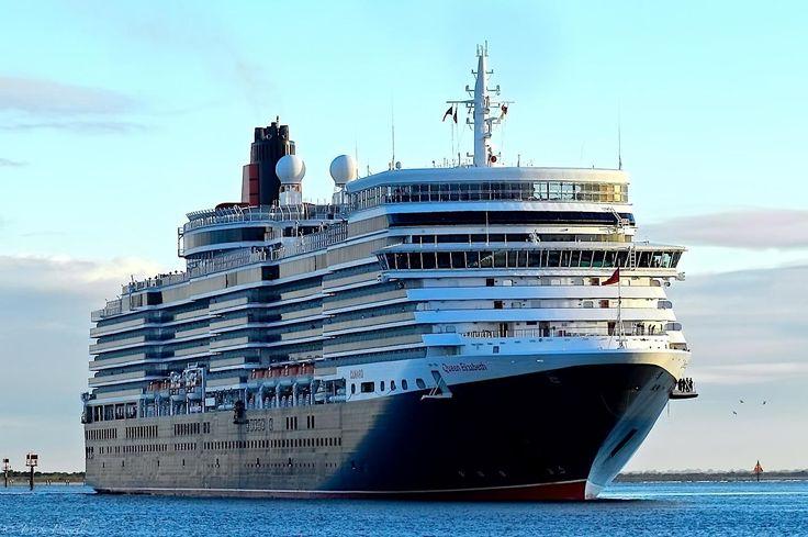 Queen Elizabeth at Port Adelaide - 17 February 2016