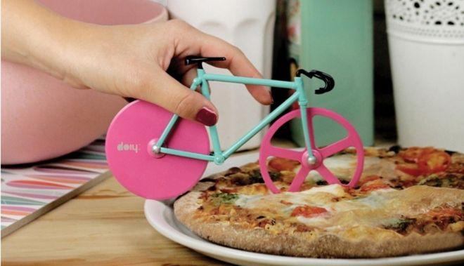 Fixie cortador de pizza http://buenespacio.es/fixie-cortador-de-pizza.html #fixie #piza #cortador