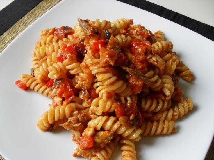 fusilli with mackerel and tomato sauce