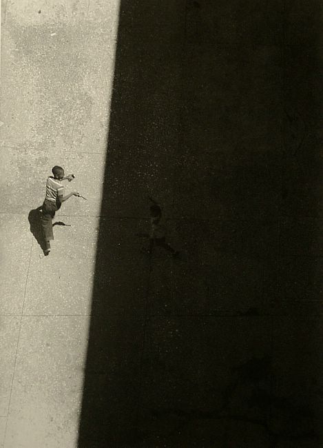Sun and Shade, 1952, a photo by Roy DeCarava