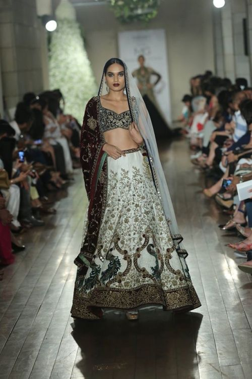 Manav Gangwani at India Couture Week 2016 - Look 2