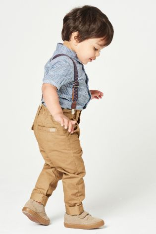 Prepare your little one for a summer party with a super cute shit and trouser set. Make it EXTRA cool with a pair of braces, CUTE.