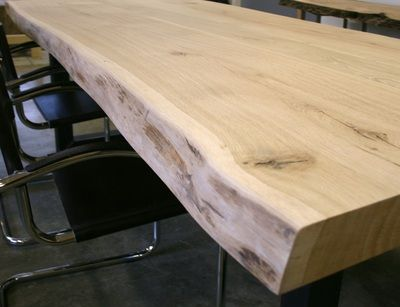 Boomstam tafel op maat Robuust stoer van massief eiken hout - Unieke Tafels op maat gemaakt met staal, rvs, eiken en noten
