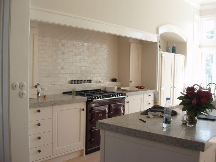 Ebony køkken fra medina interior. super flotte profilerede ...