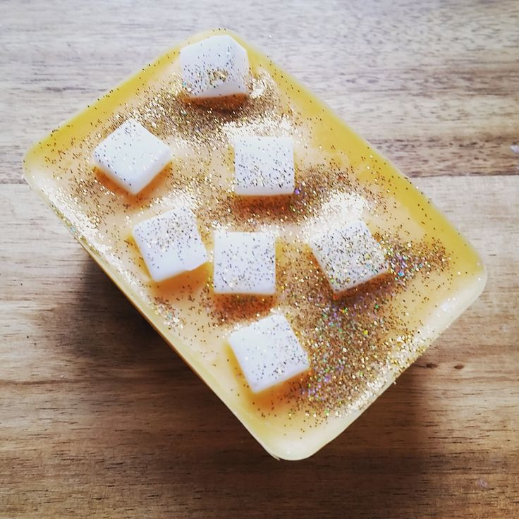 how to make soy wax melts with essential oils