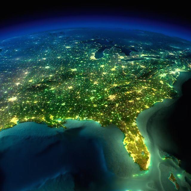 Terra vista do espaço                         Sul da Costa Leste dos Estados Unidos e Golfo do México