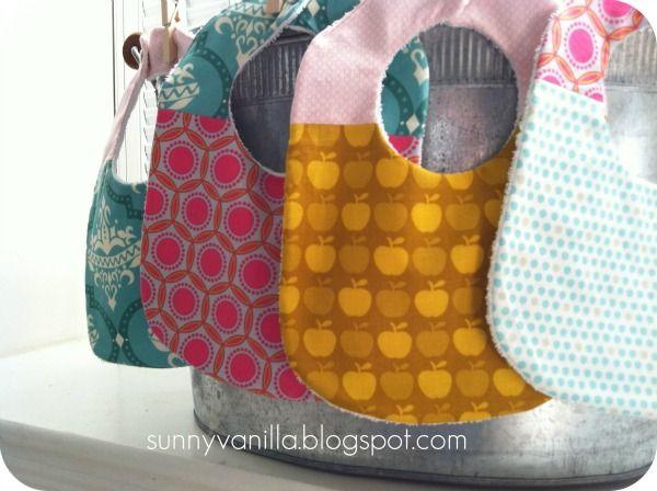 How to sew a bib + FREE pattern