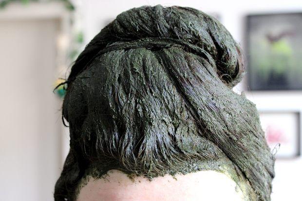 Haare färben mit Radico Violett (+Indigo-Guide) http://www.kosmetik-vegan.de/erbse/haare-faerben-mit-radico-violett-indigo-guide/