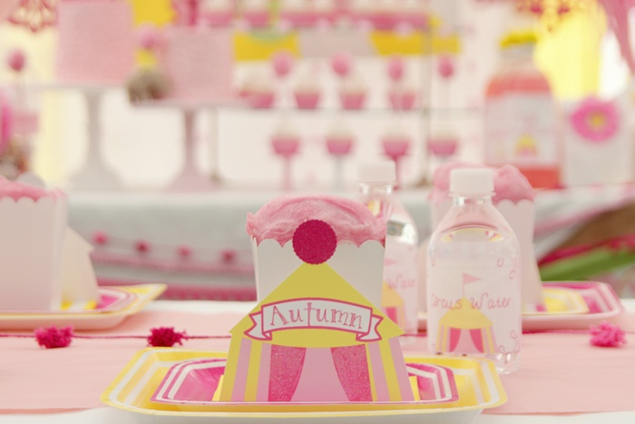 How To Make A Girlie Circus Tent Cake