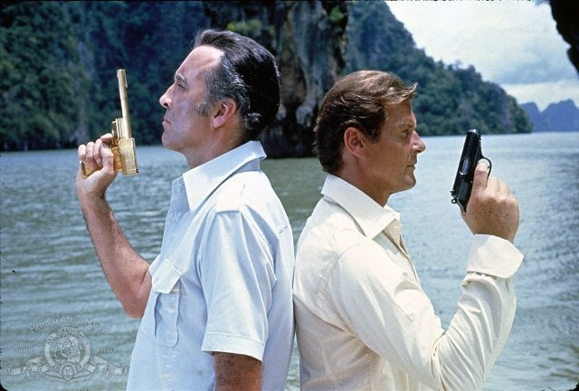 Still of Christopher Lee and Roger Moore in The Man with the Golden Gun