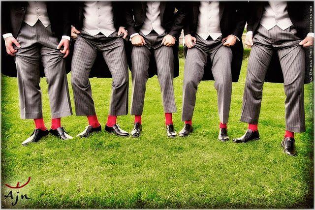 Best men dressing: red socks