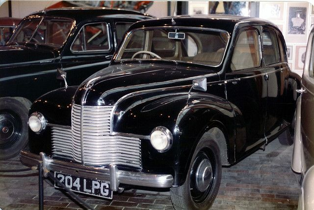 Jowett Javelin | Jowett Javelin's were built between 1947 & 1953 All had Flat Four OHV engines developing 50Bhp