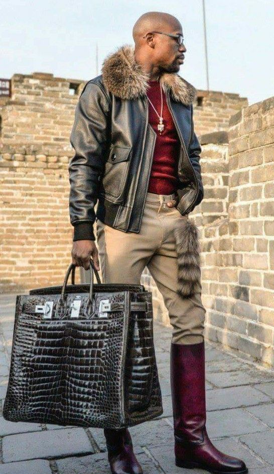 e063050322d4 His bag is fab | Dapper in 2019 | Memes, Mens fashion, How to wear