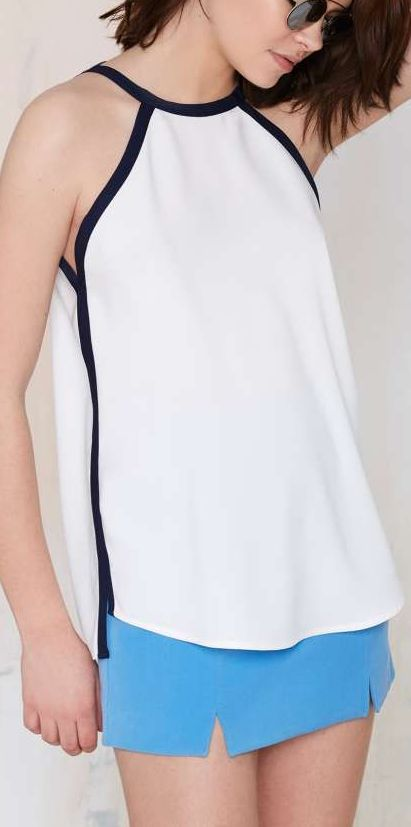 piped crepe top