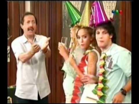 Los celos de Pepe - El mejor capítulo de Casados con Hijos!!! - YouTube