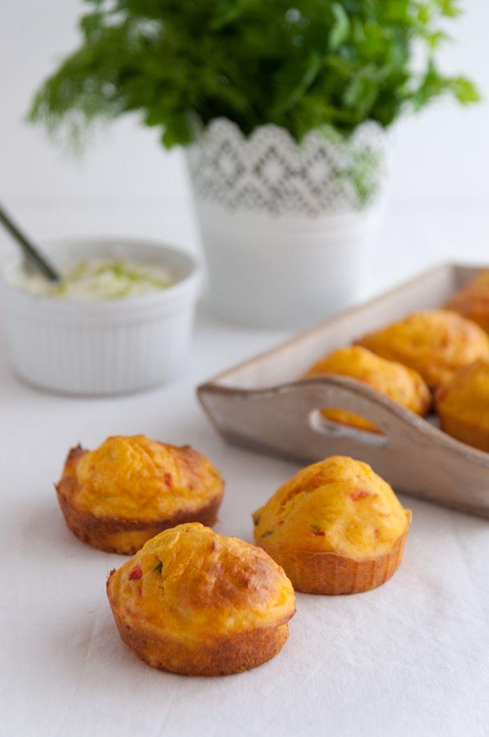 Estes queques são ótimos como entrada para um jantar de amigos ou como prato principal, acompanhados por uma boa salada verde
