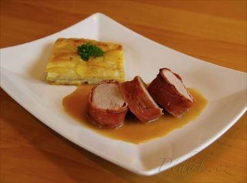 Zobrazit detail - Recept - Vepřová panenka ve slanině s gratinovanými brambory