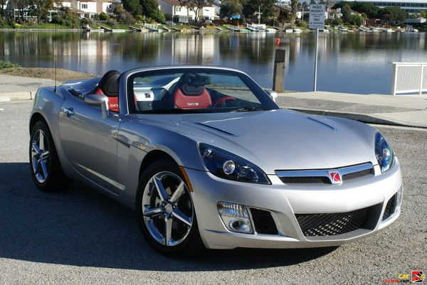 2009 Saturn Sky Roadster - Convertible. Nota: Model year 2009 was the final year of production for this model.