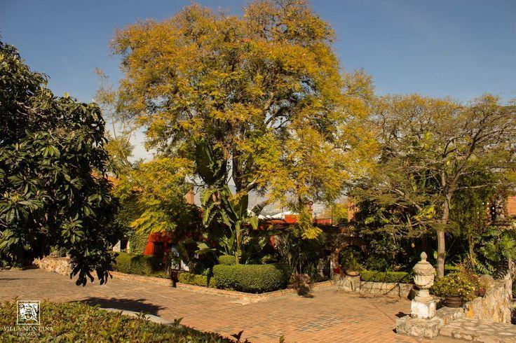 La tranquilidad y la belleza que encontrarás en Villa Montaña, harán que seamos tus favoritos. 🙂  #HotelVillaMontaña