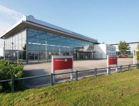 Op zoek naar een autoshowroom met garagebedrijf en opslag? Nieuw in de verhuur: de Galileistraat 20 in Veenendaal.  Reageer online en kom direct in contact met de eigenaar.  http://www.huurbieding.nl/huur/bedrijfsruimte/1-00971/veenendaal/galileistraat-20.html#informatie  #bedrijfsruimte #showroom #autoshowroom #garagebedrijf #garage #tehuur #opslag #veenendaal #kantoorruimte #bieden #huurprijs #huurbieding #Nederland #utrecht