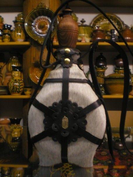 Hungarian flask (csikóbőrös kulacs) - non filler.