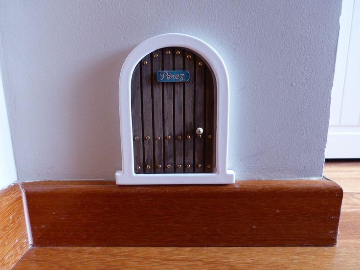 Puerta para el ratoncito Perez