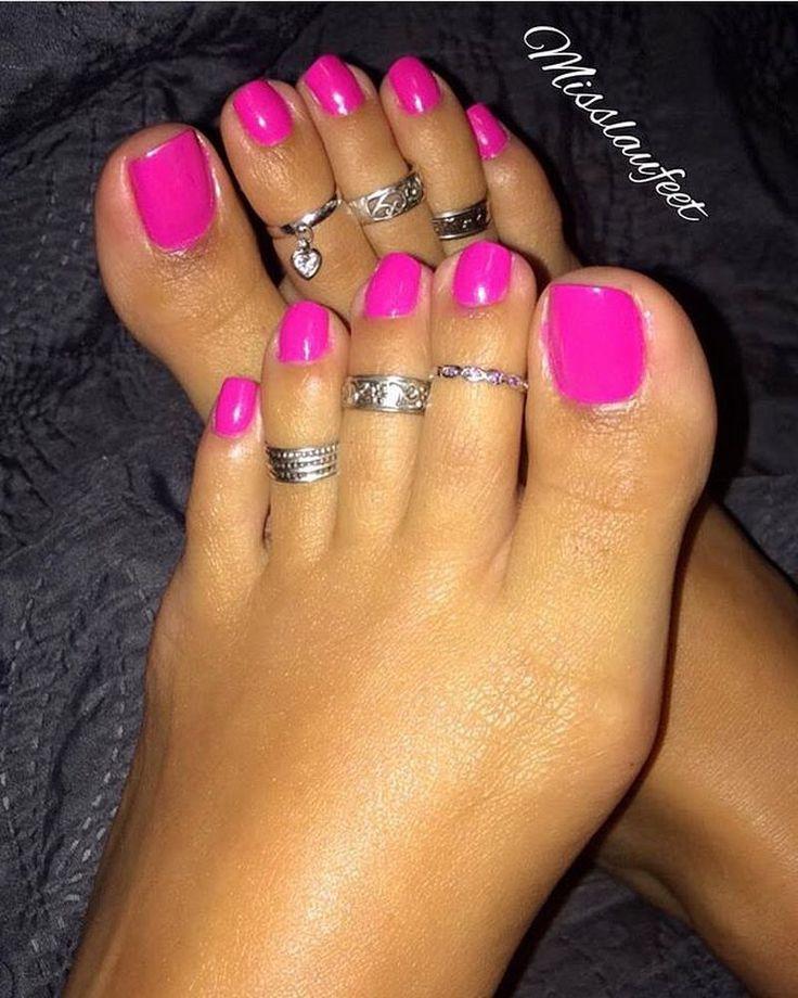 "160 Likes, 3 Comments - Myfetishforfeet2 (@myfetishforfeet2) on Instagram: ""@sashasoles3 @sashasoles_inked #pies #pied #pieds #piedini #pés #pezinhos #pesfemininos #feet #foot…"""