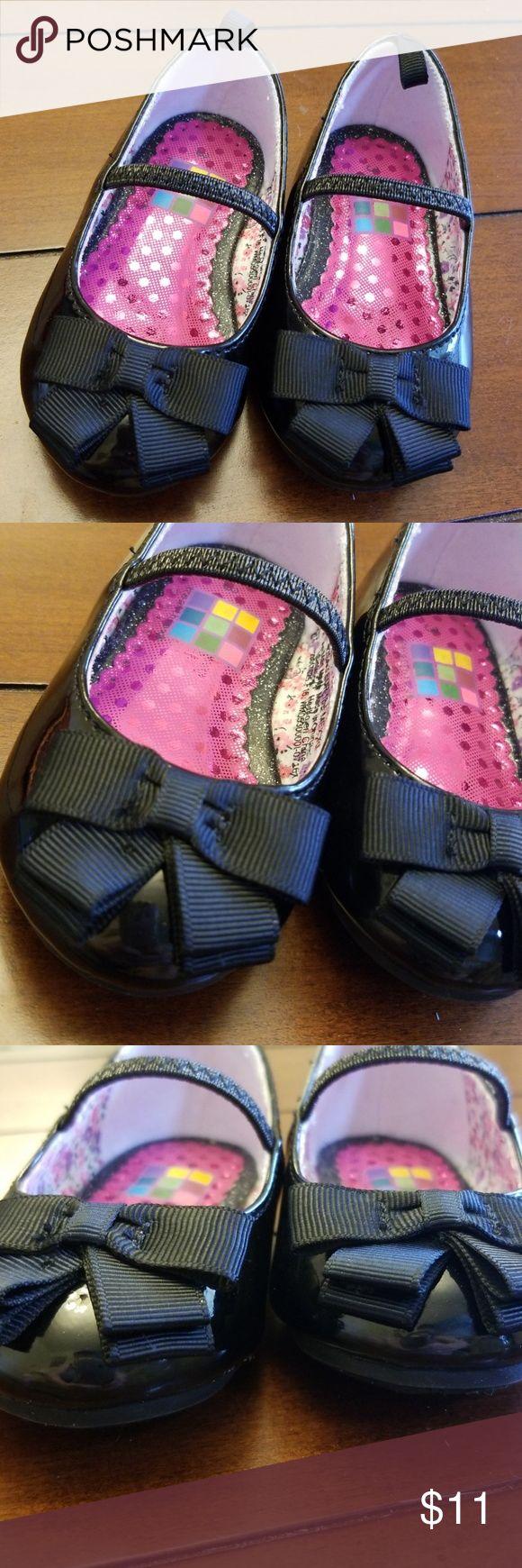MONCLER Shearling Stiefeletten. #moncler #shoes #