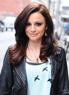 14 Glamorous Cher Lloyd Hairstyles