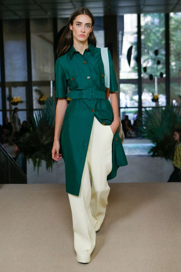 Emerald and Vanilla Layering at Derek Lam | Spring 2018 Ready-to-Wear Fashion Show #nyfw