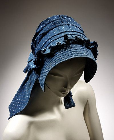 A bonnet from the V&A Museum from the 1850s or 1860s. Very sensible way to protect your skin, and also pretty!