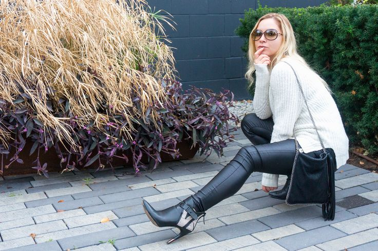 My Go-To Outfit for Fall 2017 A fluffy vegan sweater and faux-leather are the perfect pairing for a stroll through The Junction. So, you rocked your skinny jeans and skirts all summer and I'm guessing you can't wait to transition into your moody layers for fall. Most people love this time of the year. Especially …