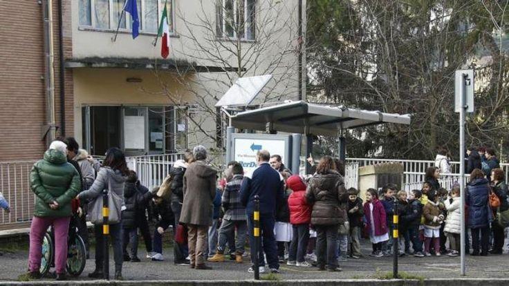Da ieri pomeriggio la terra trema nelle colline del Chianti e le scosse di terremoto - circa 80 secondo l'istituto di geofisica - sono state avvertite da Firenze a Prato, da Pisa a Siena, fino a parte della provincia di Arezzo.