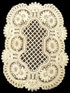 Romanian point lace. Cord crochet and needle weaving designs to make lace! Basic steps for the foundation Crochet cord tutorial shown in photos on site