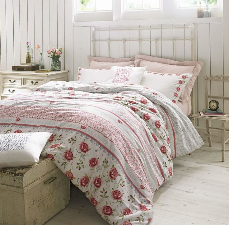 Rose & Bee design from @emmabridgewater is stunning #bedding with #freedelivery www.thecurtainbar.com from only £9