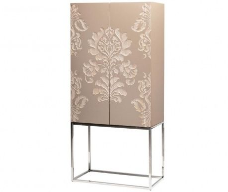 Má 2 dveře, 3 vnitřní police a 1 zásuvka.Rozměry zásuvky: 52.5x27.5xH10 cm.Ručně…
