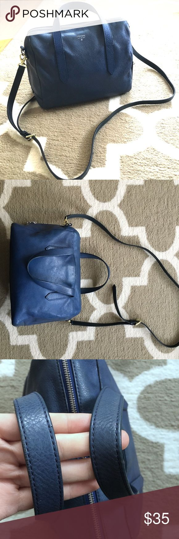 """Fossil Sydney Satchel Bag Purse Soft navy blue leather 5.5"""" handles 21"""" strap 10.5""""x5.5""""x8"""" Cut on the bottom repaired with leather glue Right zipper missing a tab, but left zipper closes all the way around Fossil Bags Satchels"""