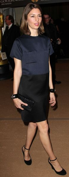 only Sofia has that bearing to be able to wear something as simple as this and still look elegant