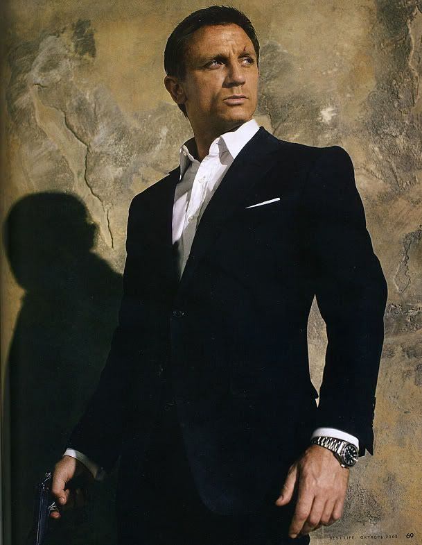 Daniel Craig , Bond James Bond.