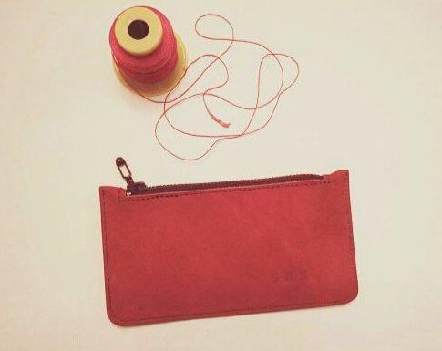 850 Р Косметичка-кошелек из натуральной кожи ручной работы. Разные цвета