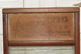 Bijzonder Antiek Wasbord met glas en tekst 'National Washboard Co'