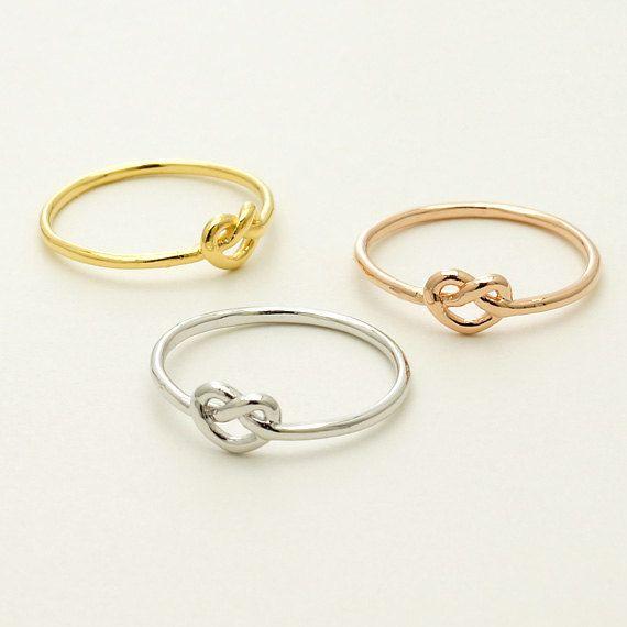 Coração de anel delicado anel coração. Heart ring ❤ Pinterest: @framboesablog