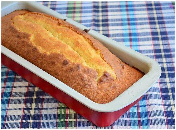 Das perfekte Sahne - Kastenkuchen-Rezept mit Bild und einfacher Schritt-für-Schritt-Anleitung: Backofen auf 180°C (Umluft) vorheizen.