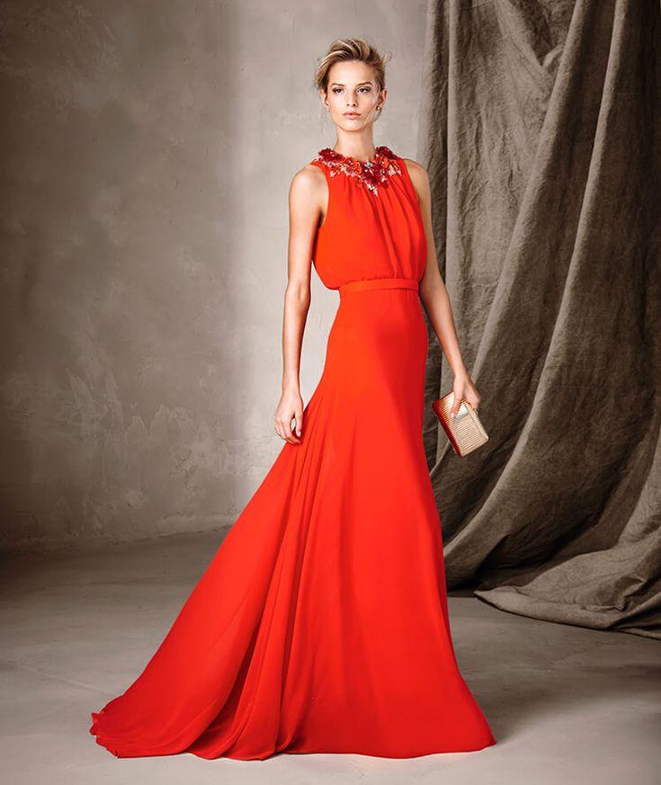 CATANIA - Vestido longo com colar floral Pronovias