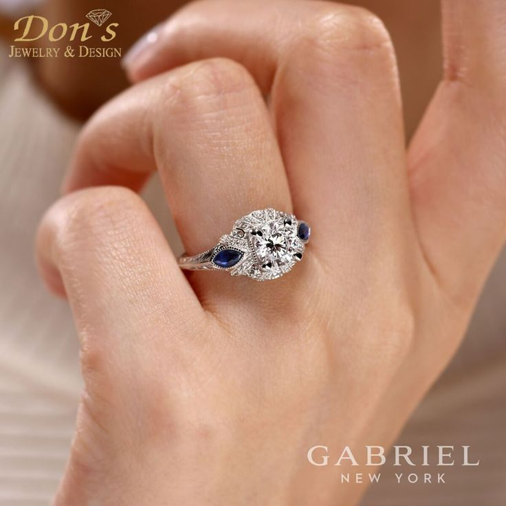 140 best Round Engagement Rings images on Pinterest