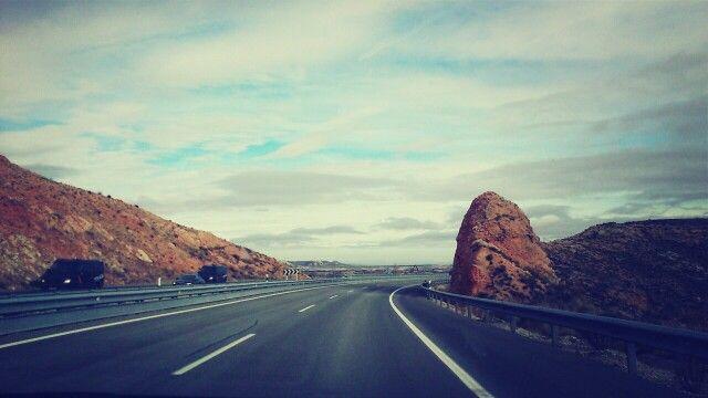 Carretera en Los Monegros.